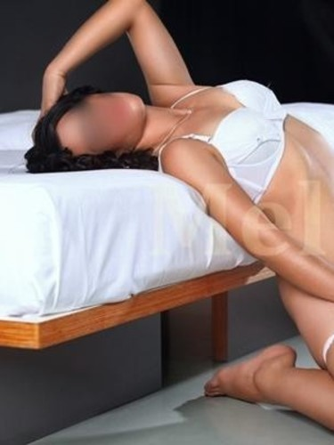 Sex ad by escort Melis (25) in Istanbul - Photo: 1