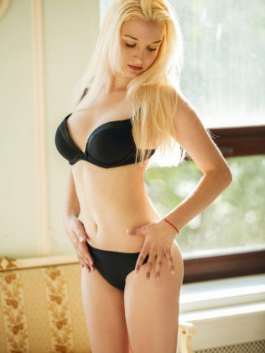 Sex ad by escort Sara Outcall (20) in Istanbul - Photo: 1