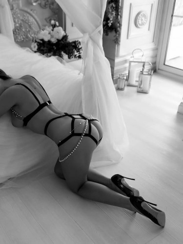 Sex ad by escort Elina (24) in Istanbul - Photo: 6