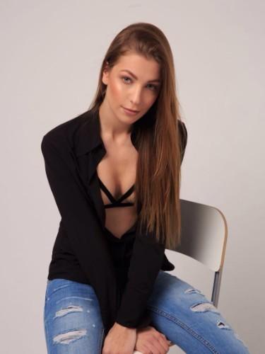 Sex ad by kinky escort Model Meri (21) in Istanbul - Photo: 3