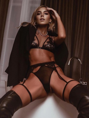 Sex ad by escort Margo Vip (25) in Istanbul - Photo: 3