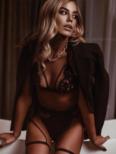 Sex ad by escort Margo Vip (25) in Istanbul - Photo: 4