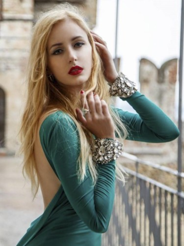 Sex ad by escort Milana Hot (22) in Istanbul - Photo: 1