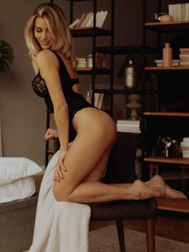 Sex ad by escort Lia (22) in Istanbul - Photo: 6