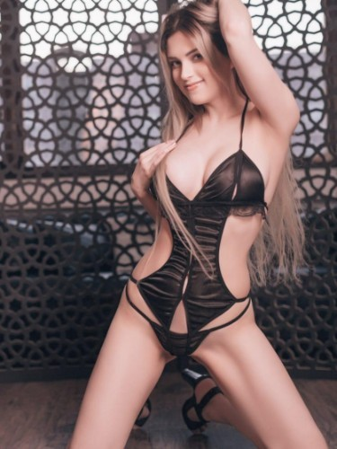 Sex ad by escort Jasmin (23) in Istanbul - Photo: 2