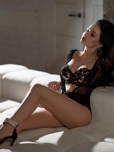 Sex ad by escort Camelia Prd (22) in Istanbul - Photo: 7