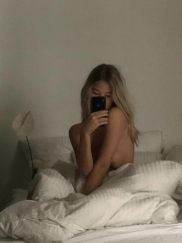 Sex ad by escort Belle (24) in Istanbul - Photo: 2