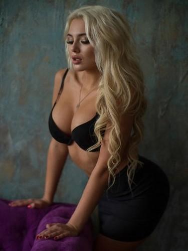 Sex ad by escort Karolina (20) in Istanbul - Photo: 5