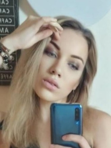 Sex ad by escort Karina (22) in Istanbul - Photo: 5