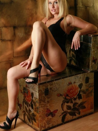 Sex ad by escort Dina (27) in Izmir - Photo: 3