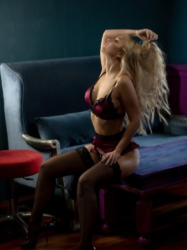 Sex ad by escort Alice (23) in Istanbul - Photo: 4
