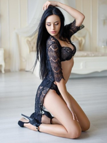Sex ad by escort Alina (21) in Istanbul - Photo: 4