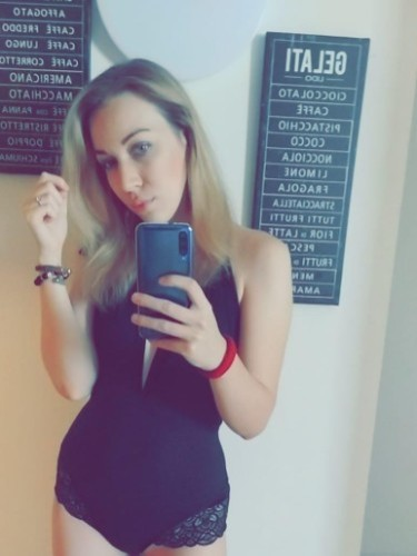 Sex ad by escort Svetlana (22) in Izmir - Photo: 6