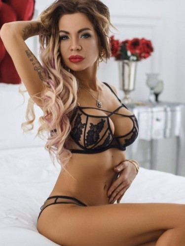 Sex ad by escort Ylianna (21) in Istanbul - Photo: 3