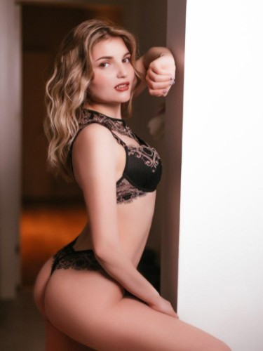 Sex ad by escort Dasha Vip (21) in Istanbul - Photo: 3