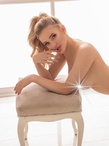 Sex ad by escort Adelina (19) in Istanbul - Photo: 7