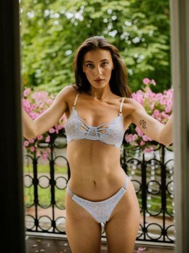 Sex ad by escort Alia (21) in Istanbul - Photo: 6