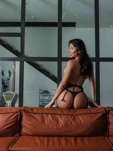 Sex ad by escort Alina (26) in Izmir - Photo: 4