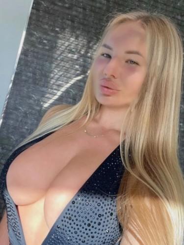 Sex ad by escort Vikky (25) in Ankara - Photo: 1