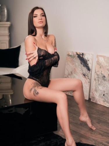 Sex ad by escort Kira (23) in Izmir - Photo: 1