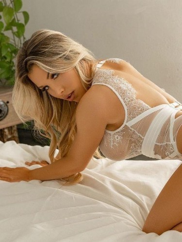 Sex ad by escort Alina (24) in Istanbul - Photo: 2