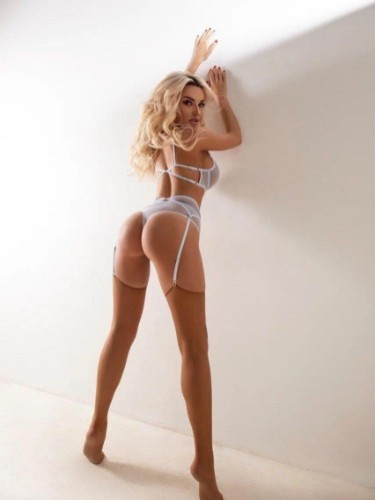Sex ad by kinky escort Lena (22) in Istanbul - Photo: 6