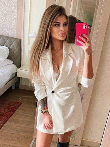 Sex ad by escort Darina (22) in Ankara - Photo: 3